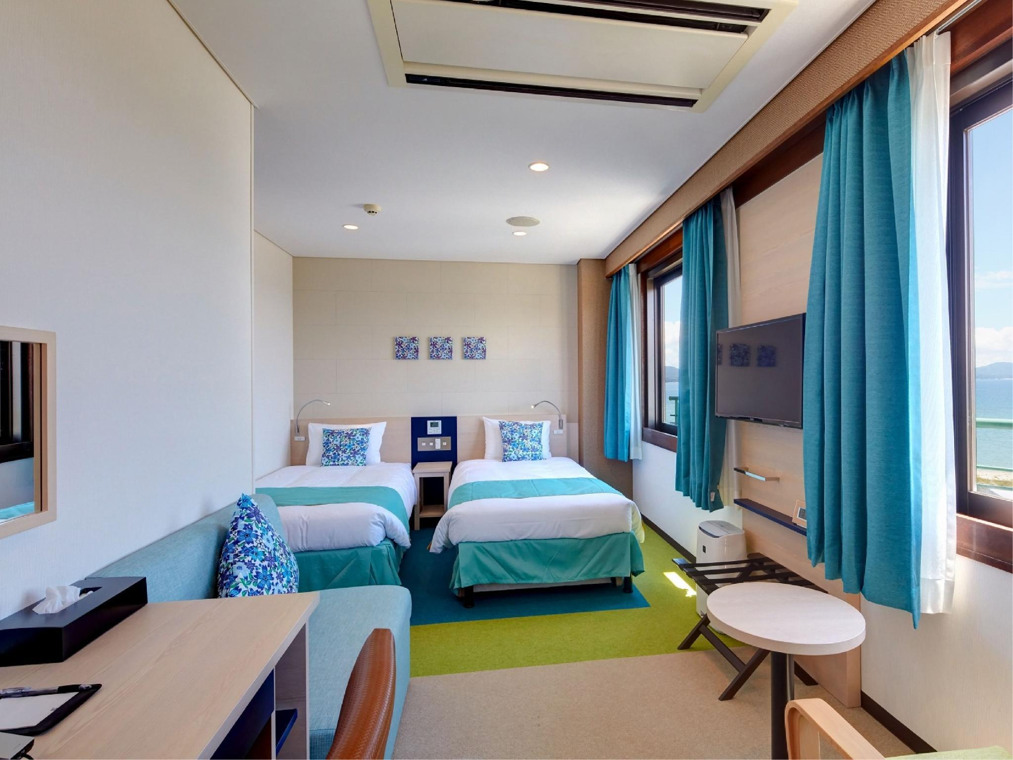 컴팩트 트윈룸(본관) (Compact Twin Room (Main Building))