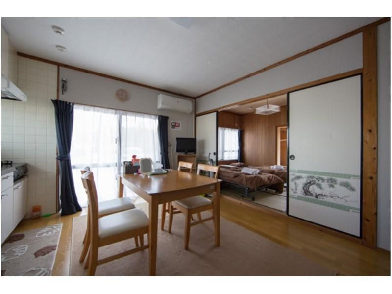 202号室 2F【2DK】|50平米 (Japanese/Western-style Room (2 Bedrooms + Dining & Kitchen, No. 202))