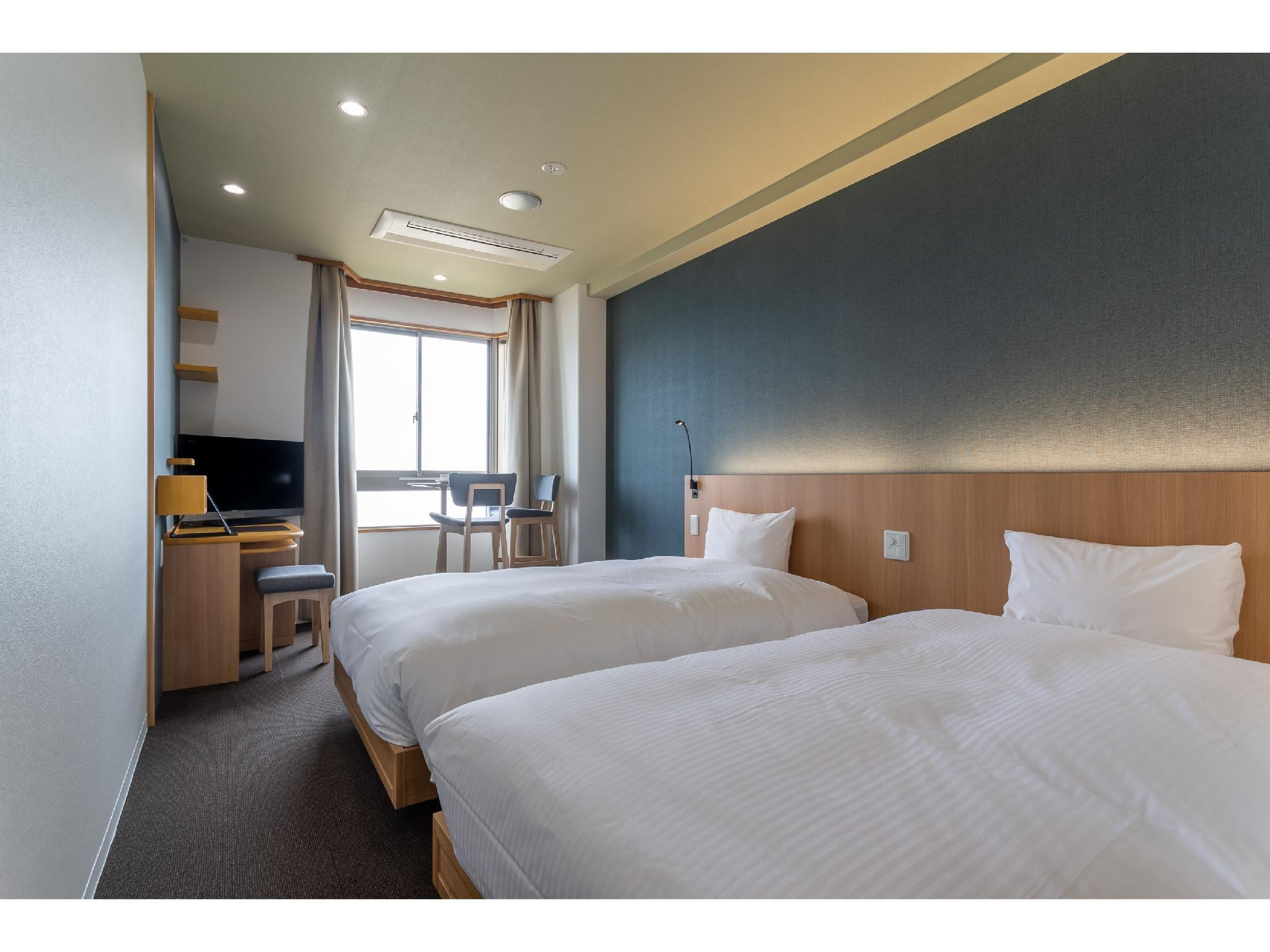 트윈룸(리뉴얼) (Twin Room *Refurbished room)