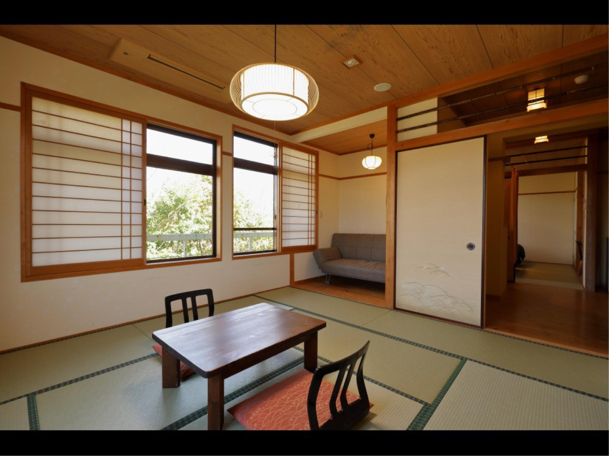 Japanese-style Room or Japanese/Western-style Room