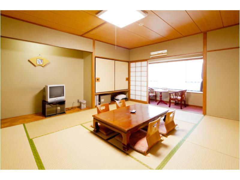 Standard Japanese-style Room with Hiroen Space (Wadaya Type, Ichibankan Building)