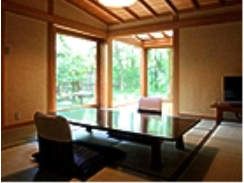 和洋室【10畳+8畳】 (Japanese/Western-style Room (2 Beds))