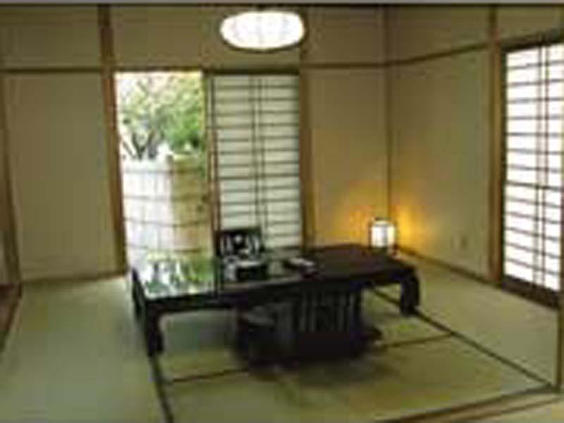 和洋式房 (Detached Japanese/Western-style Room with Open-air Bath (2 Beds))