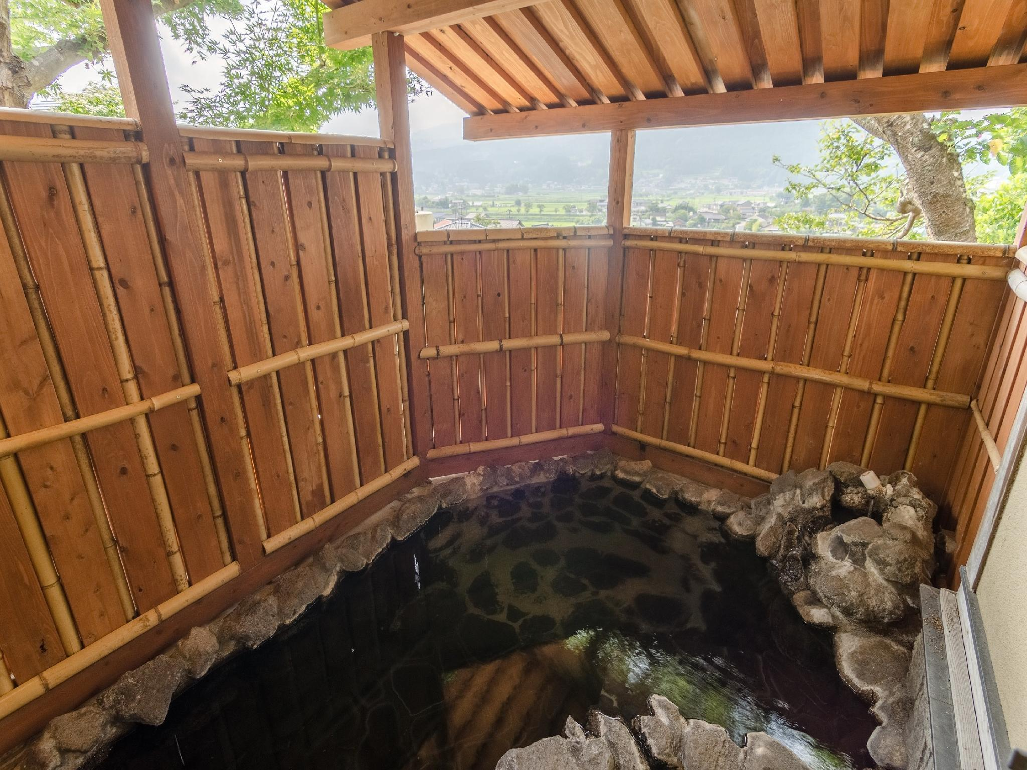 離れ露天付客室「里舎」|6畳+次の間6畳 (Detached Special Room with Open-air Bath (Satoya Type))
