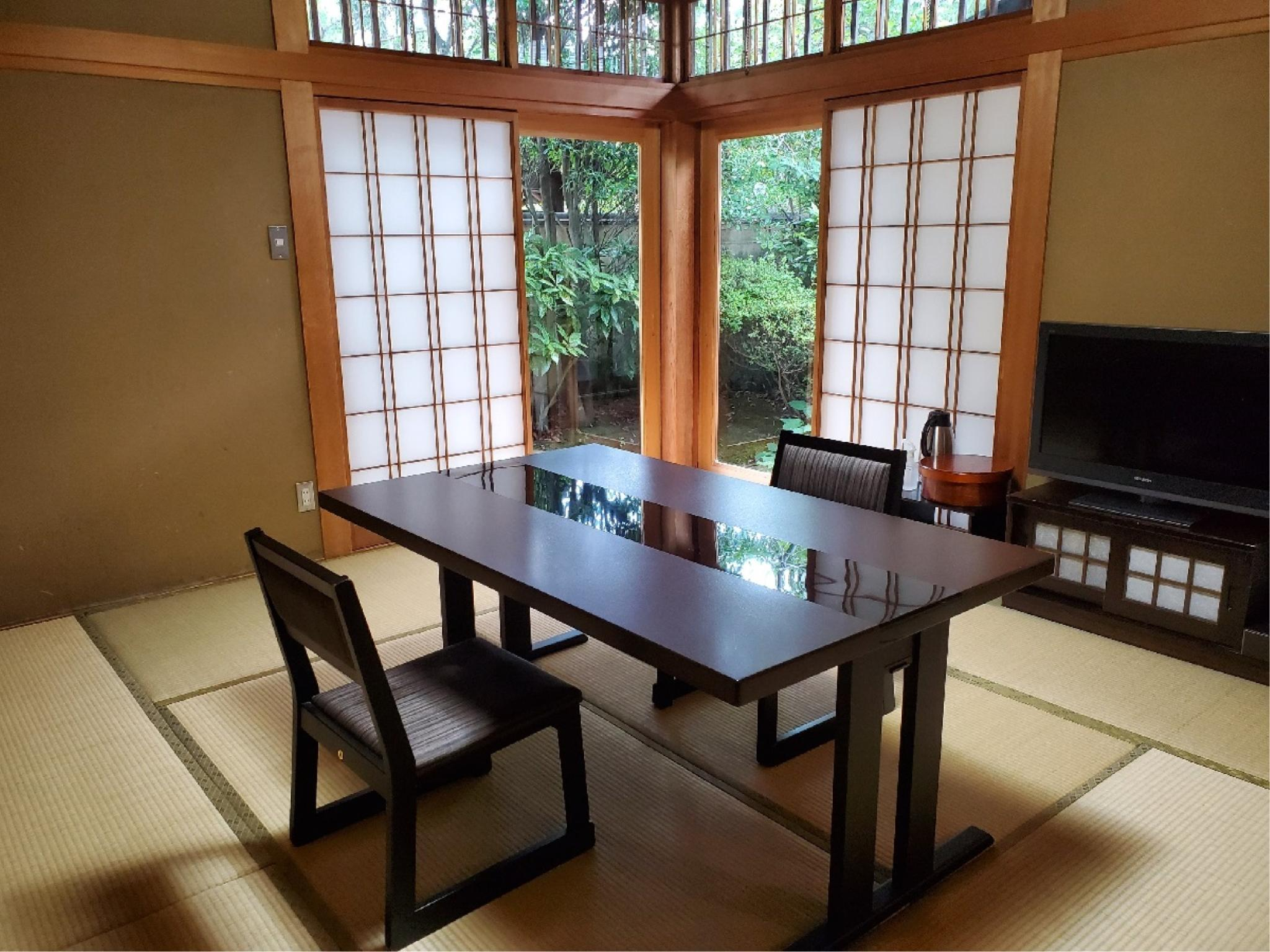 和洋式房(和式房+洋式房+露天风吕/2张床) (Japanese/Western-style Room with Open-air Bath (Japanese-style Room + Western-style Room, 2 Beds))