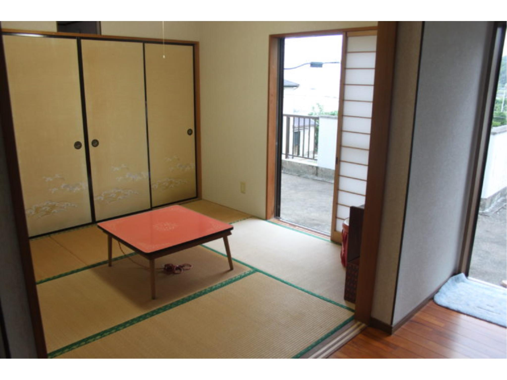 Japanese-style Room (No. 201)