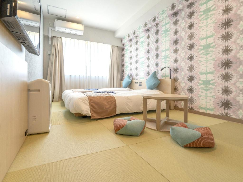 Japanese-style Room with Bed(s) - Guestroom La'gent Hotel Okinawa Chatan