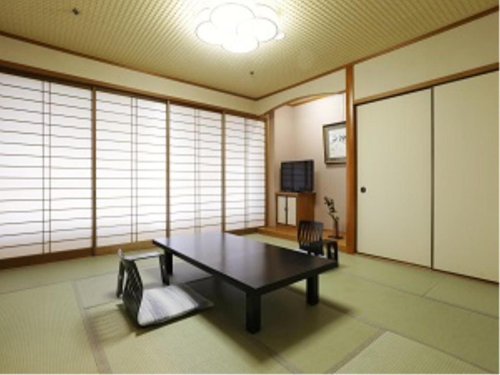 Japanese Style Room - Guestroom Shirahama Key Terrace Hotel Seamore
