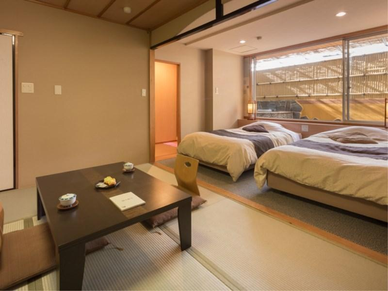 和洋式房+半露天風呂 (Japanese/Western-style Room with Semi Open-air Bath)