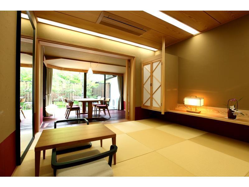 和式房 (Design Suite with Open-air Bath (2 Beds, Minamien Wing))