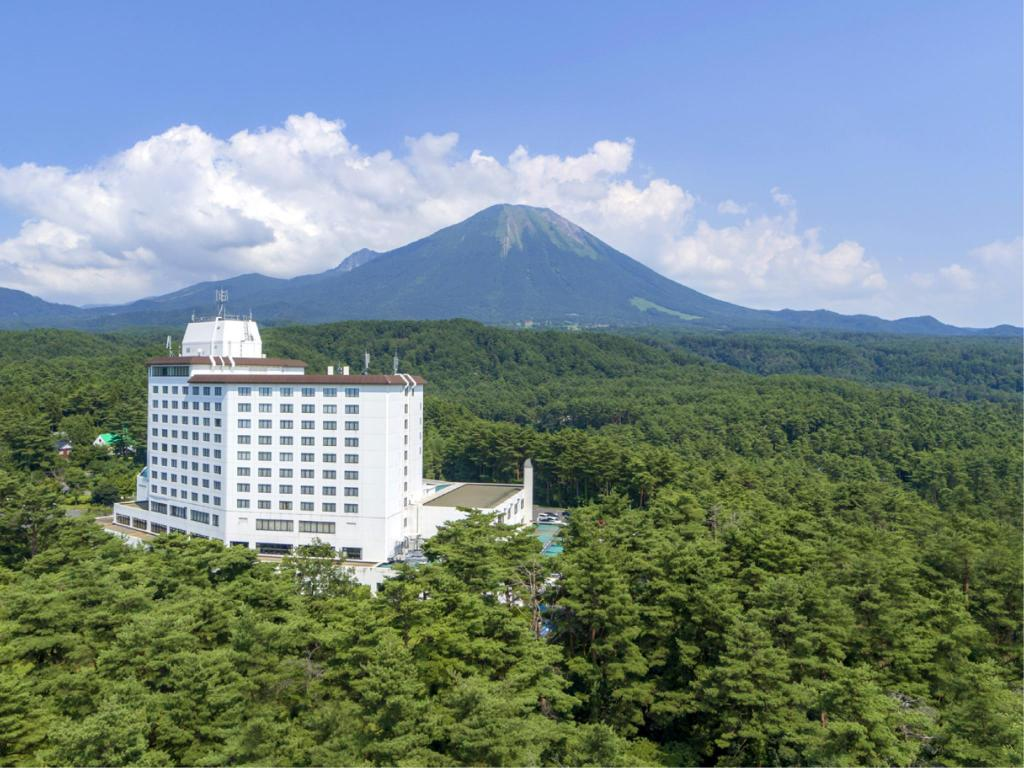 More about Royal Hotel Daisen
