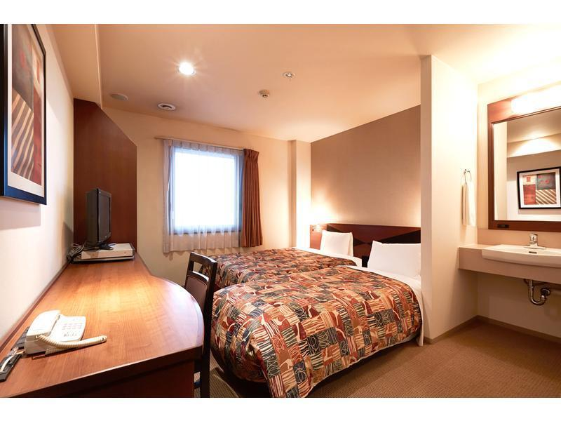 シングル (Single Room with Extra Bed)
