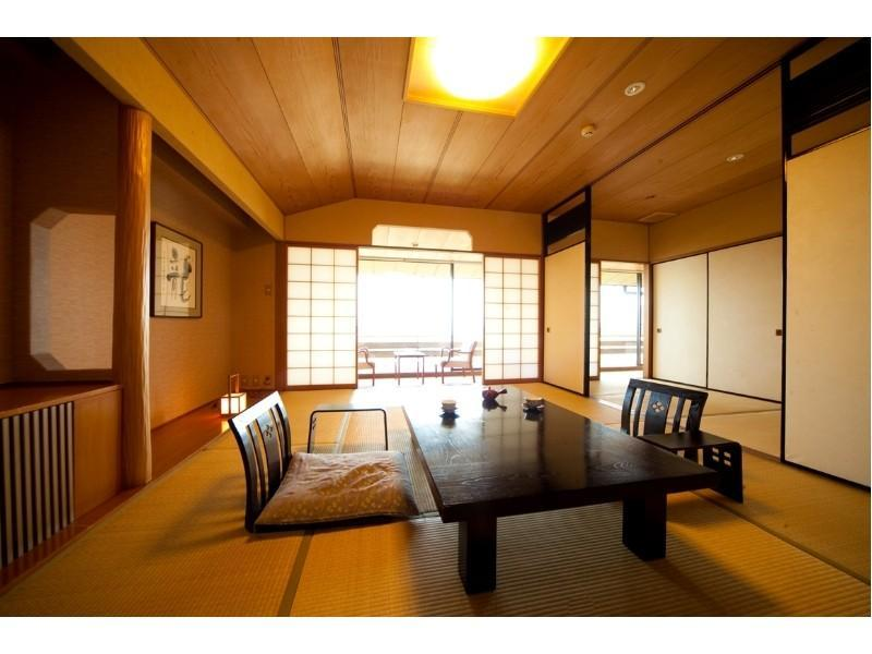 Japanese-style Room (Ocean Side, No Bath)