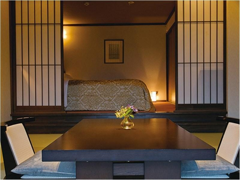 本館 和洋式房+床+觀景風呂 (Japanese/Western-style Room with Scenic View Bath + Bed(s) (Main Building))