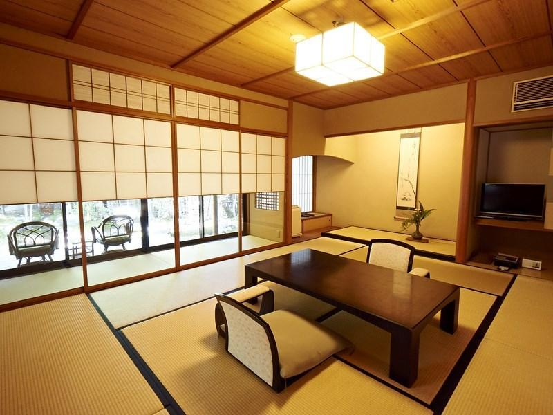 閑閑庵 露天風呂付|10畳+次の間8畳 (Detached Japanese-style Room with Open-air Bath (Kankanan Building))