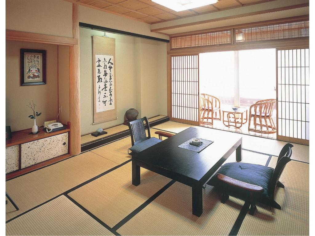 Japanese-style Room (Shimazu-no-To Wing) - 客房 指宿秀水园 (Ibusuki Shusuien)