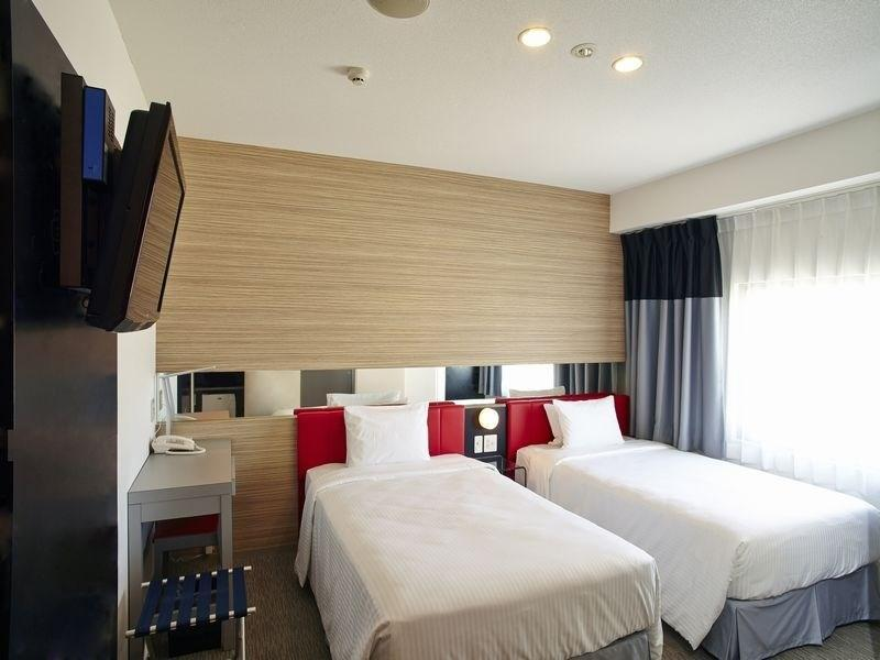 Deluxe Twin Room (2 Semi-double Beds)
