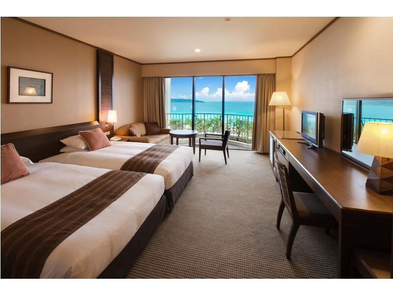 Deluxe Twin Room (Ocean Wing)