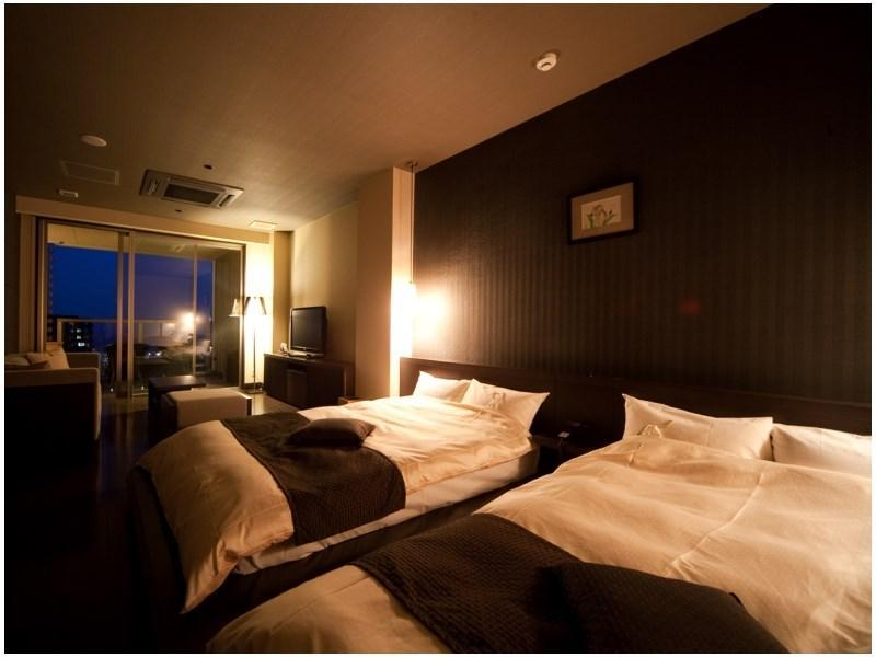 ◆月ノ想◆スタイリッシュモダン(50平米)展望内湯 (Stylish Modern Twin Room with Scenic View Indoor Bath (Tsukinoso Wing))