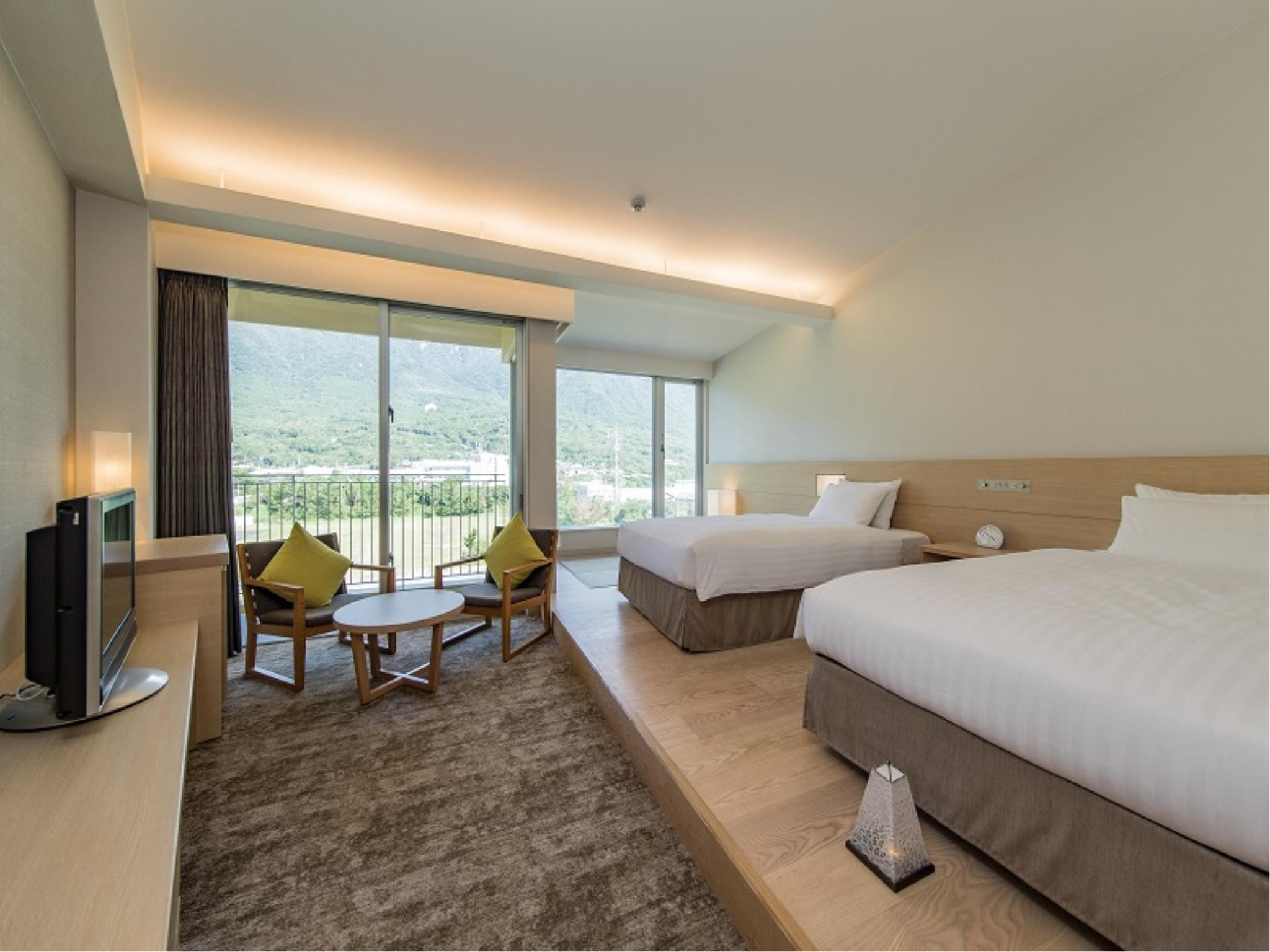 Standard Twin Room (Mountain View)