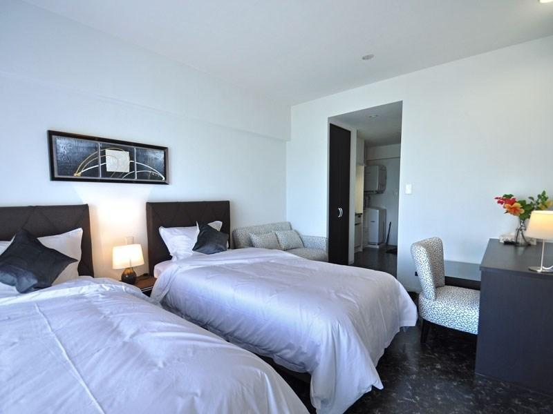 Hollywood Twin Room (Ocean View)