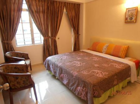 3 Bedroom MH Apartment @ Crown Imperial Court