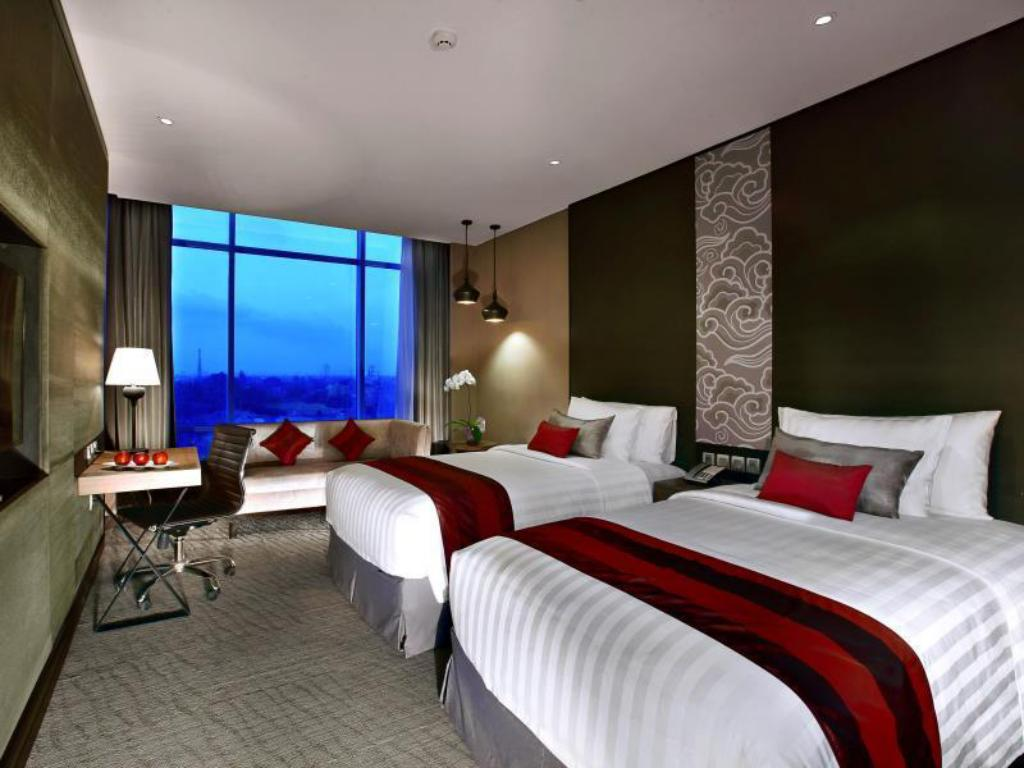 Deluxe Twin - Bed Aston Priority Simatupang Hotel and Conference Center