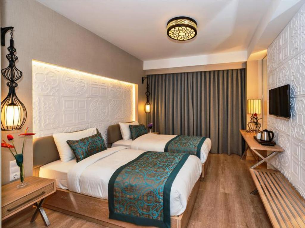 More about Aybar Hotel