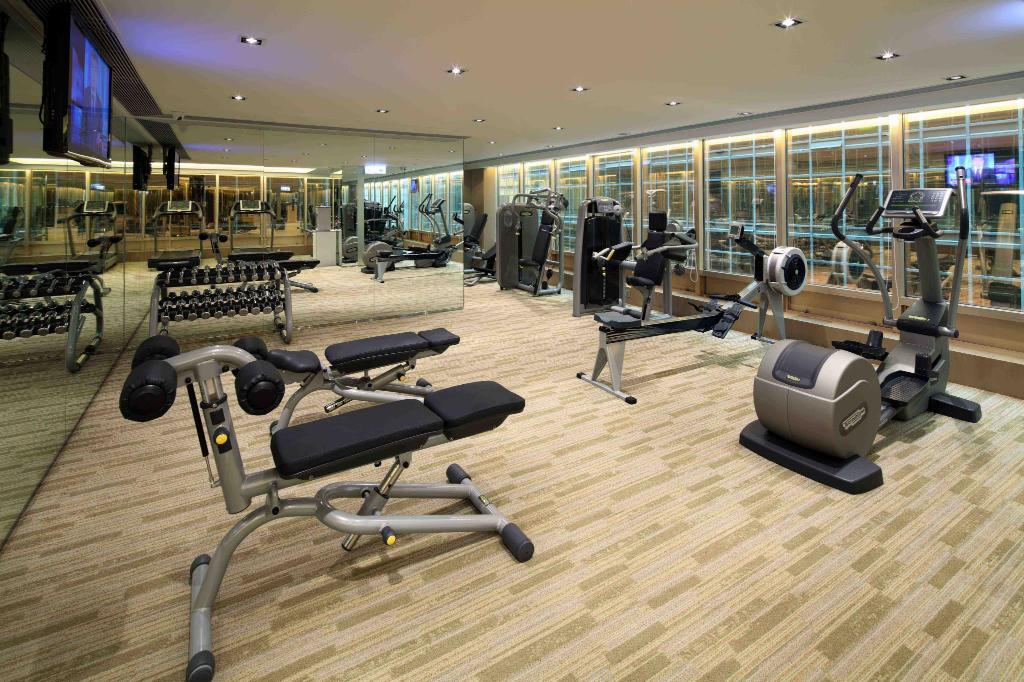 centru de fitness The Royal Pacific Hotel and Towers