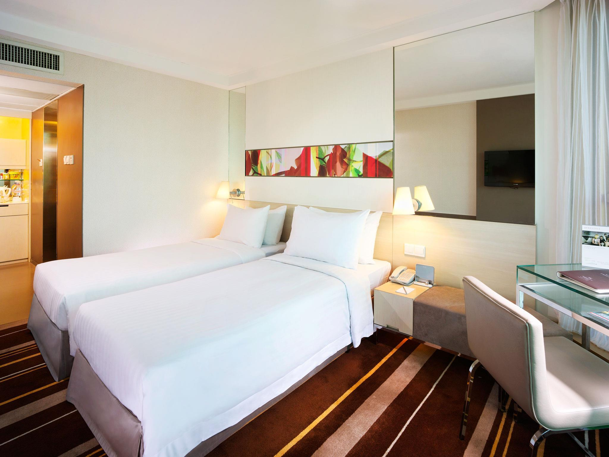 Premier Plus Room at Hotel Wing