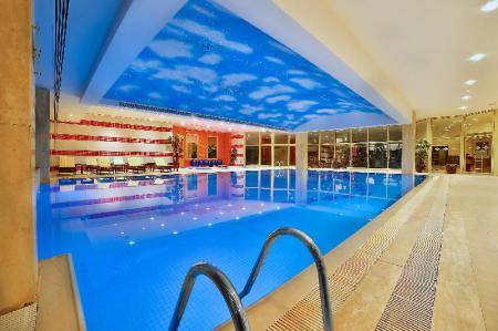 Swimming pool Grand Cevahir Hotel Convention Center
