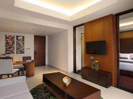 Interior view Golden Tulip Jineng Resort Bali