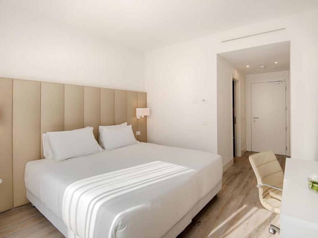 Standard Room - Bed NH Trento