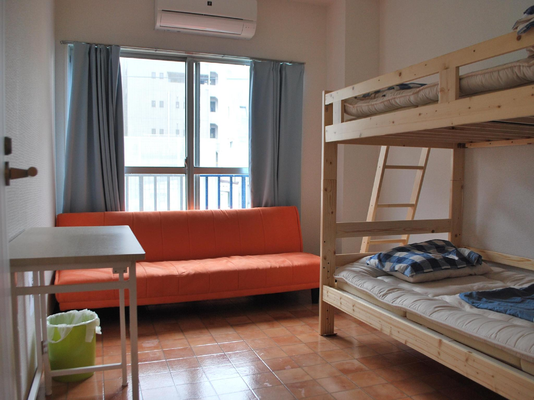 雙人房(梳化床) (Double Room with Sofa Bed)