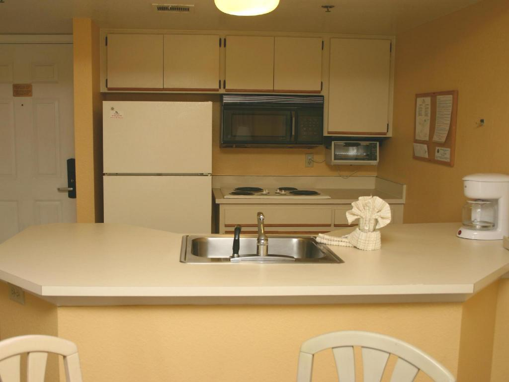 1 Bedroom Apartment (4 Adults) - Kitchen Parc Corniche Suites Hotel
