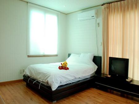 Special Room Bhouse Pension