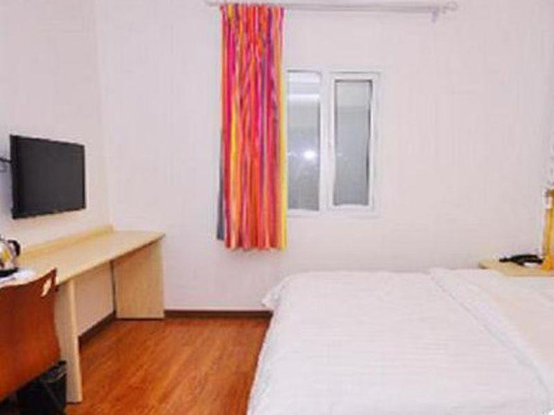 Kamar Business Queen (Business Queen Room)