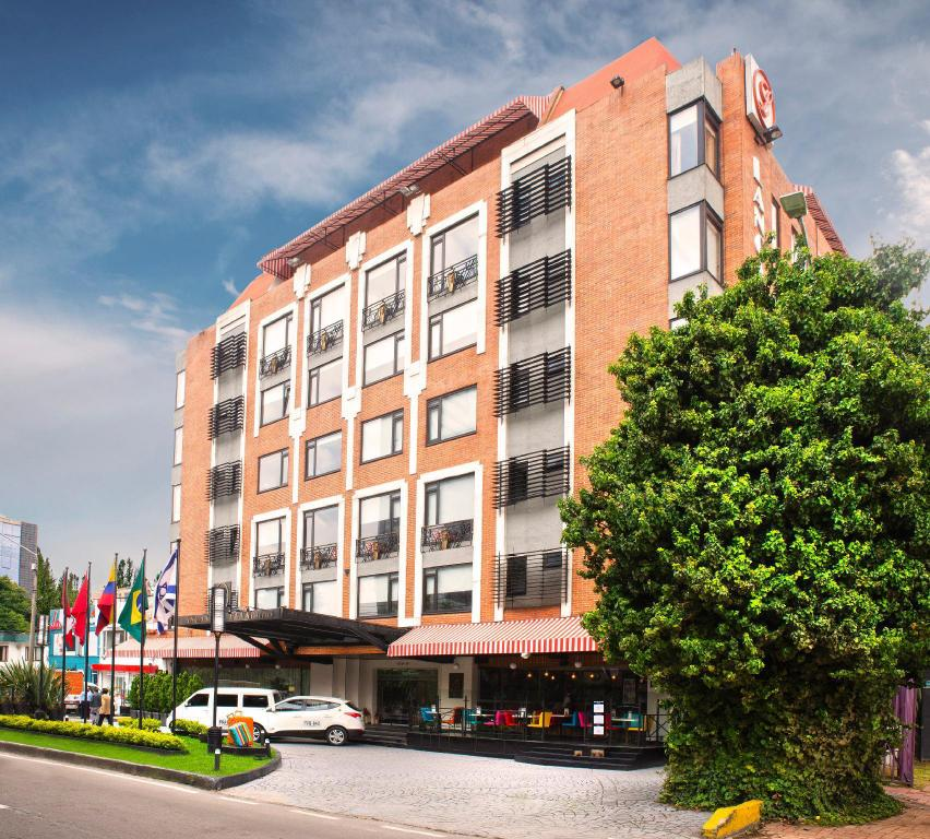 More about Lancaster House Suites Hotel