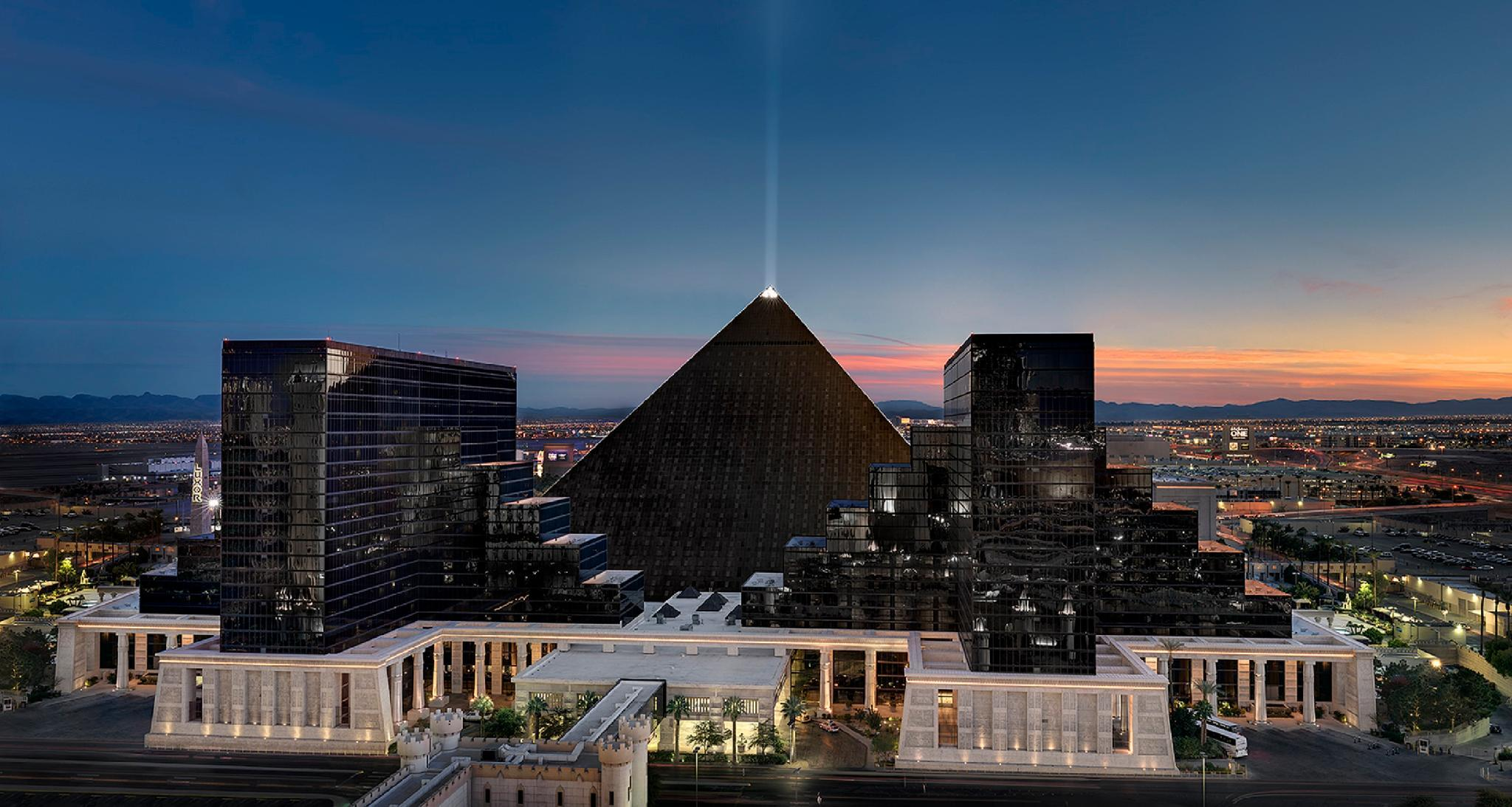 Luxor Hotel in Las Vegas (NV) - Room Deals, Photos & Reviews