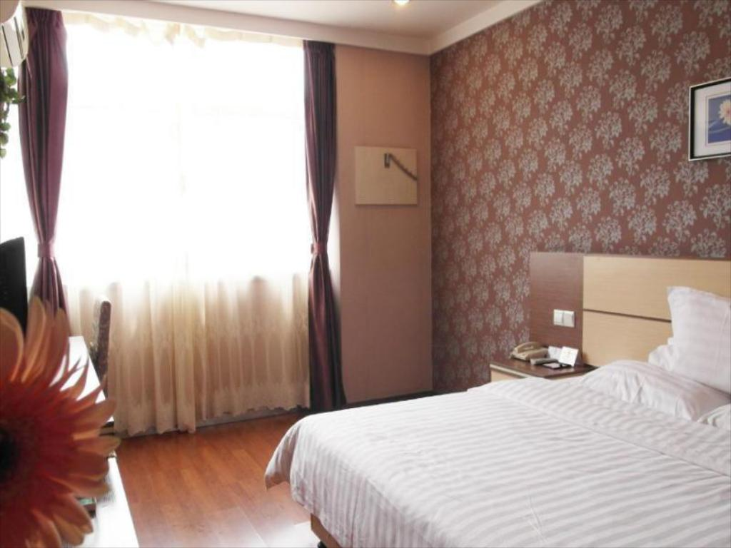 Sonderangebot - Queensize-Bett-Zimmer - Zimmeransicht 7 Days Inn Bengbu Train Station Hotel Branch