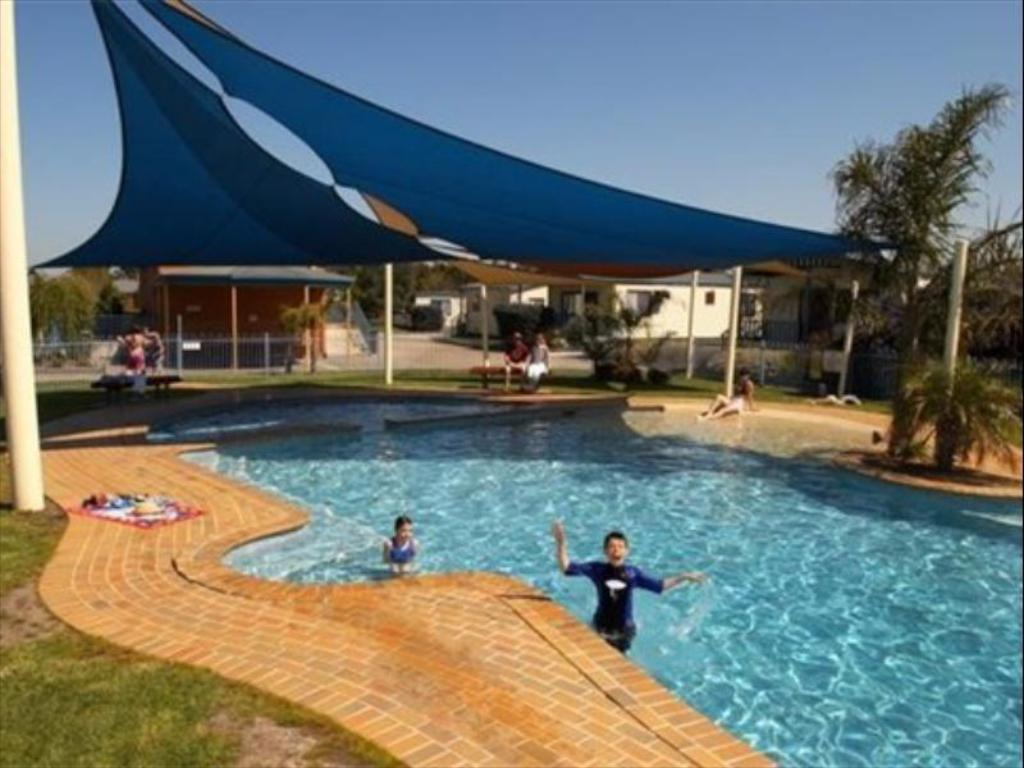 Discovery Parks Melbourne In Australia Room Deals Photos Reviews