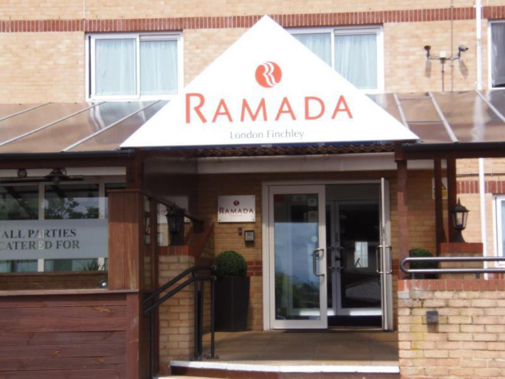 Utvendig Hotel Ramada London Finchley