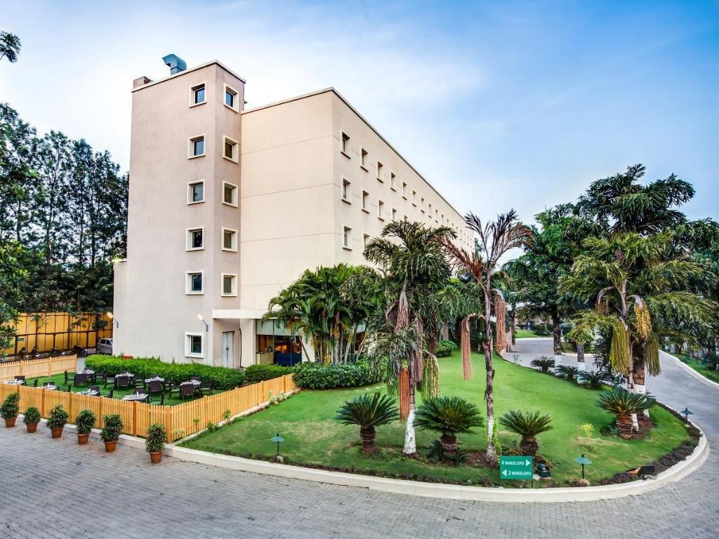 94b86282 Radha Hometel Whitefield, Bangalore, India - Photos, Room Rates ...