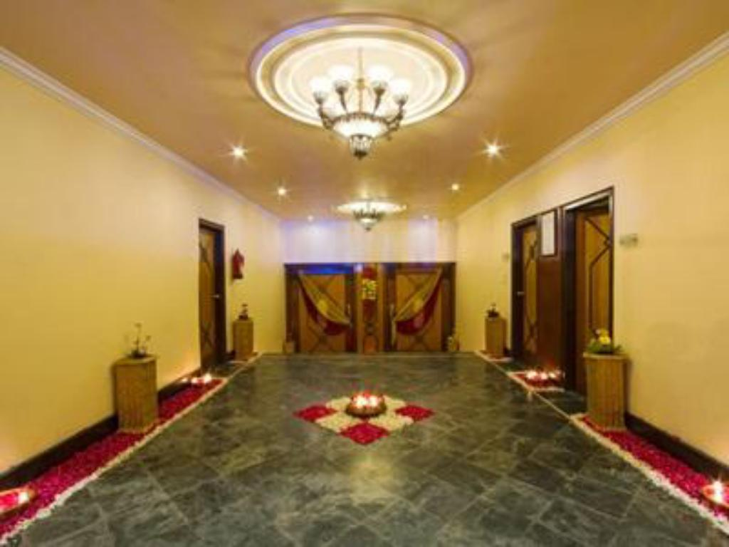 Tampilan interior The Piccadily Hotel Lucknow