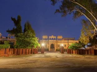 Hotel Ranakpur Hill Resort