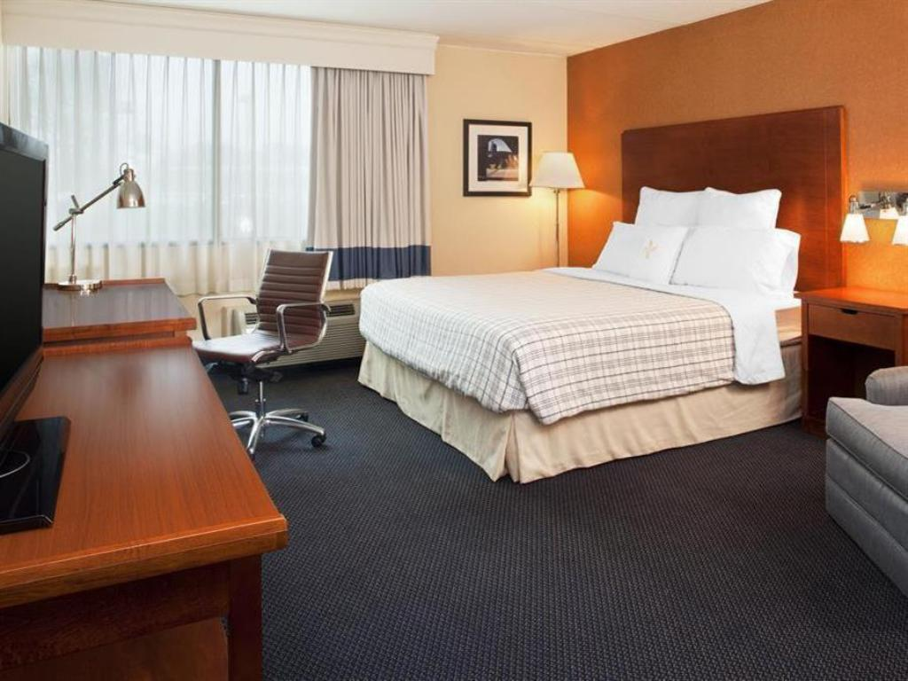 Vip Executive King Bed - Quarto de hóspedes Four Points by Sheraton Chicago OHare Airport