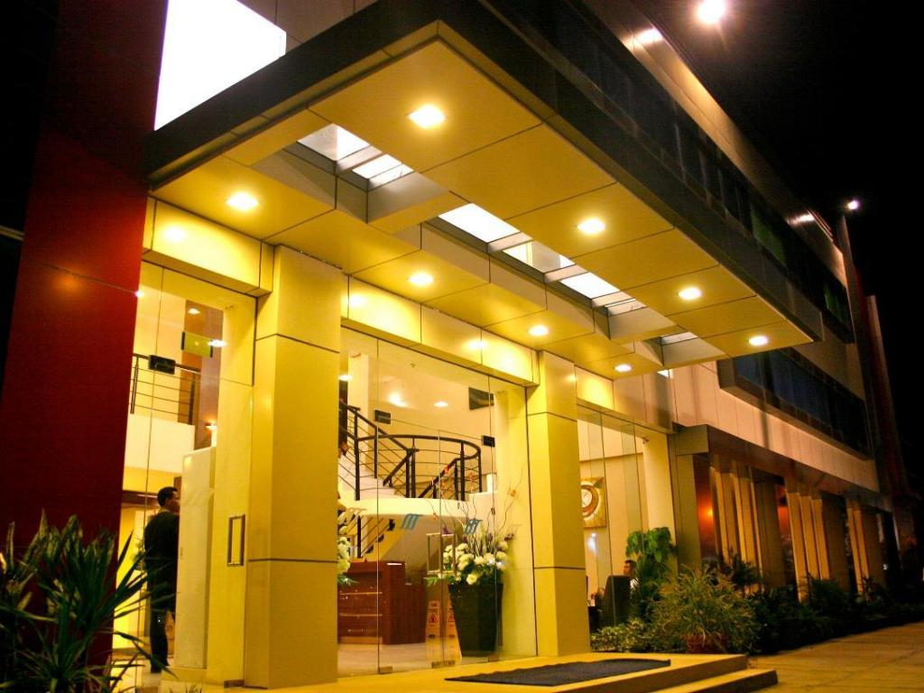 Royal Mamberamo Hotel
