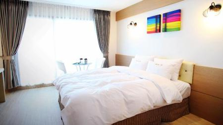 Interior view Tongyeong Bay Condo Hotel