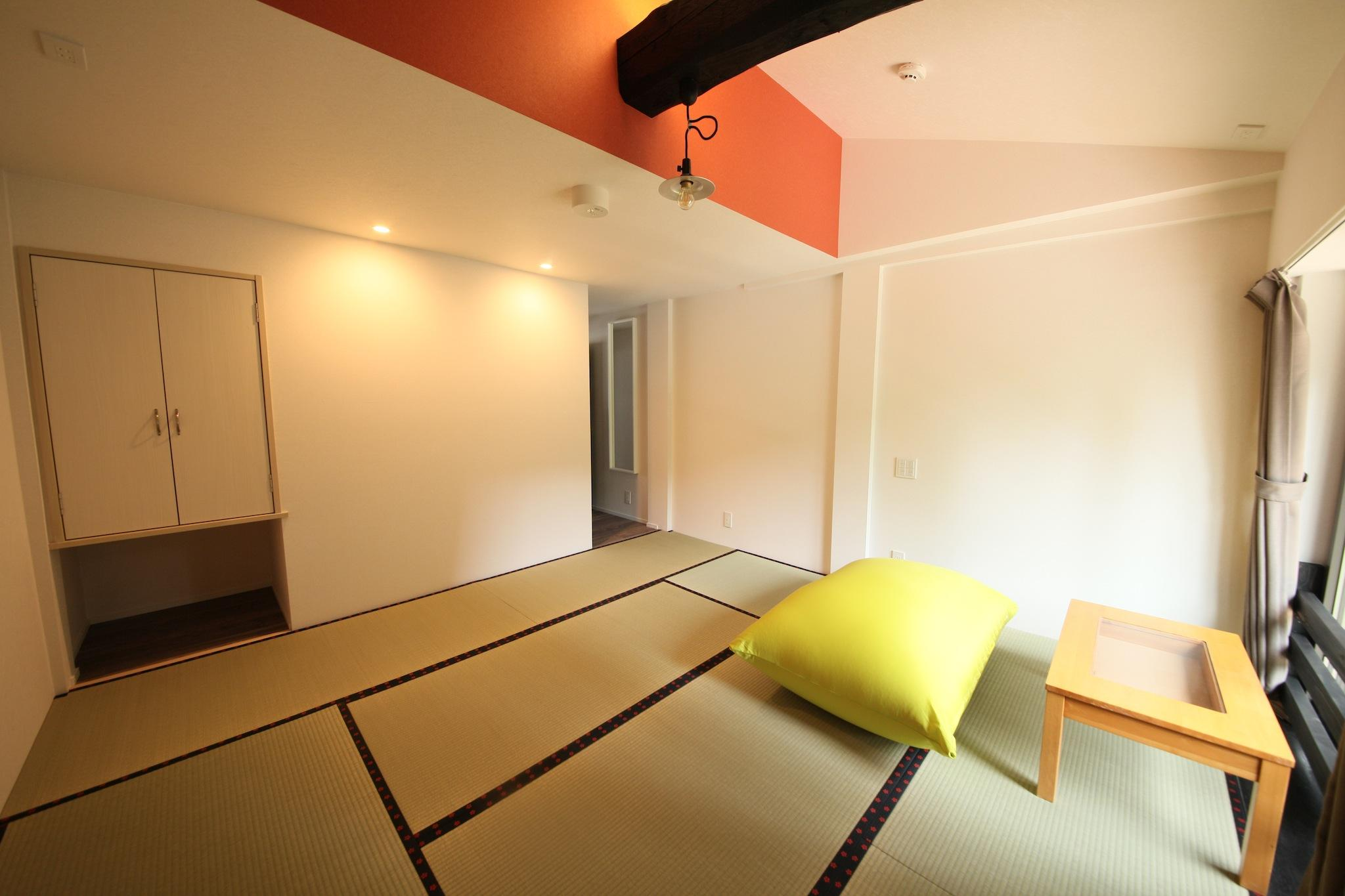 和室 共用バスルーム (Japanese-Style Room with Shared Bathroom)