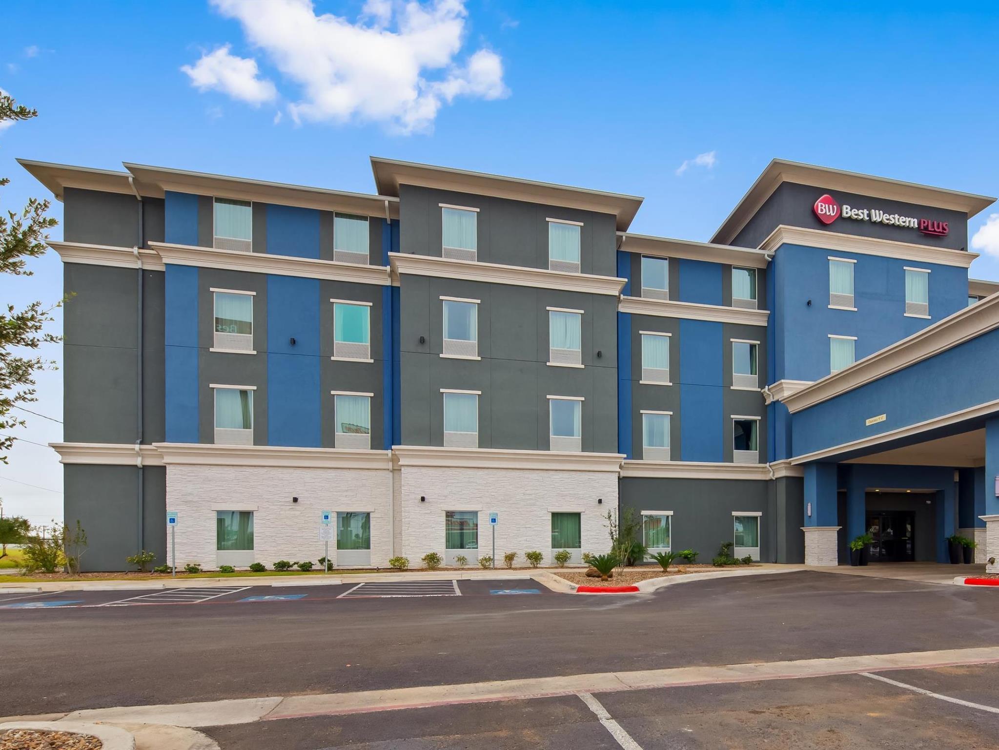 best western plus laredo inn and suites in laredo tx room deals rh agoda com